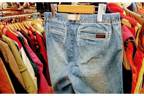メンズファッションのパンツ