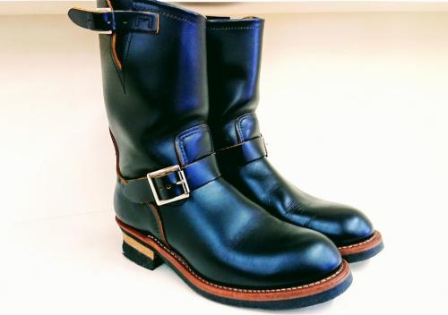 ブーツのエンジニアブーツ