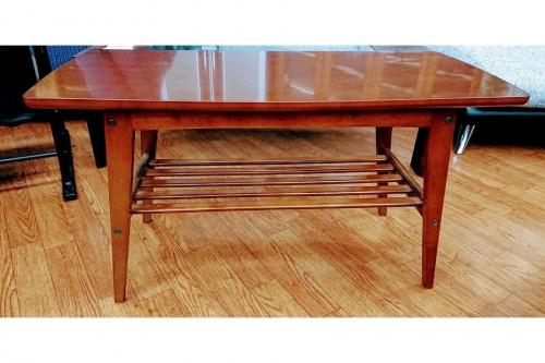 テーブルの武蔵村山家具