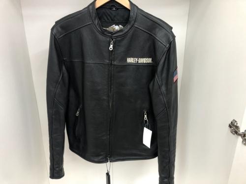ジャケットのシングルライダースジャケット