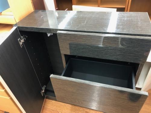 キッチン収納のカウンター下収納