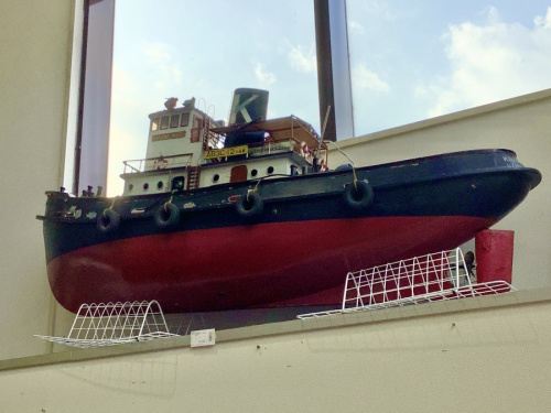 船の模型のジャンク品
