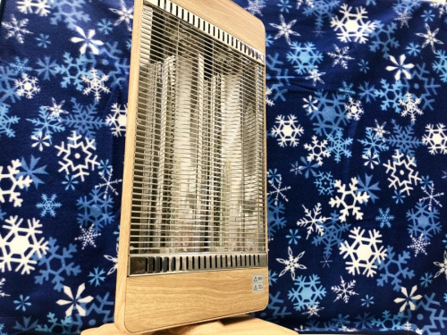 暖房器具のストーブ ファンヒーター