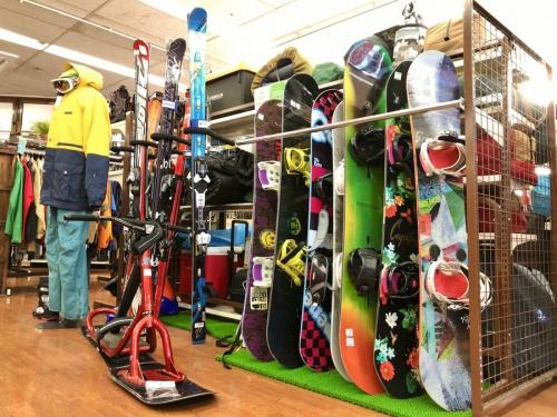 ウィンタースポーツのスノーボード ボード