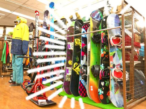 スノーボード ボードのスキー ゴーグル ブーツ 手袋