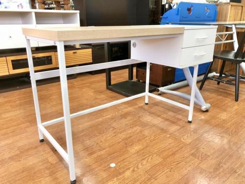 生活家具 机のデスク デスクワーク