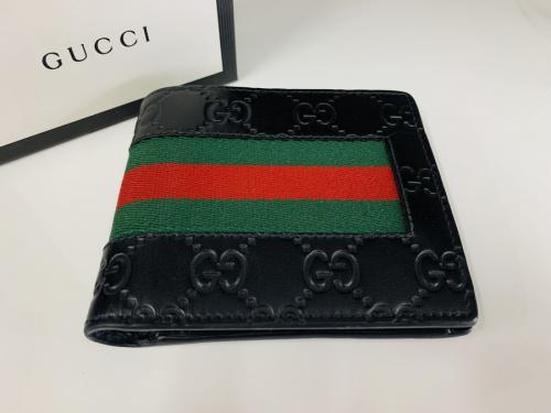 財布の2つ折り財布