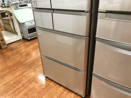 6ドア冷蔵庫のHITACHI 日立
