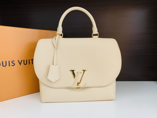 2WAYバッグ ヴォルタのLOUIS VUITTON