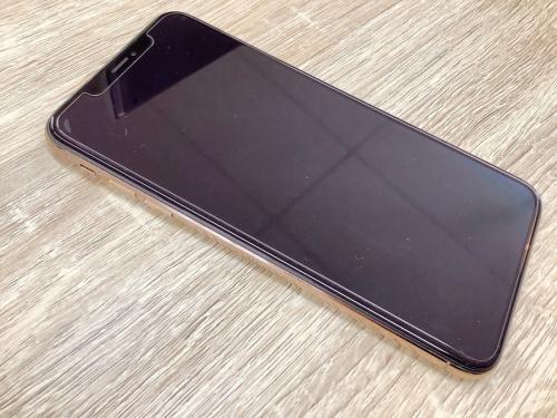 スマートフォンのiPhoneXS Max アイフォン