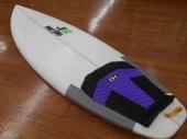 ショートボードのサーフィン
