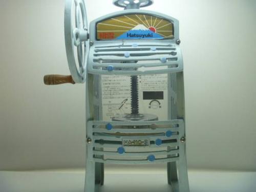 昭和レトロのカキ氷機