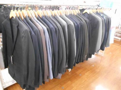 スーツのセットアップ