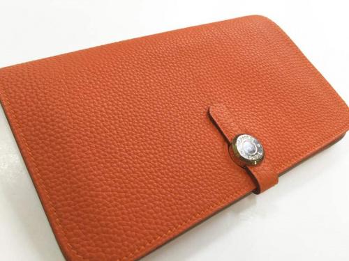 財布のキャメル