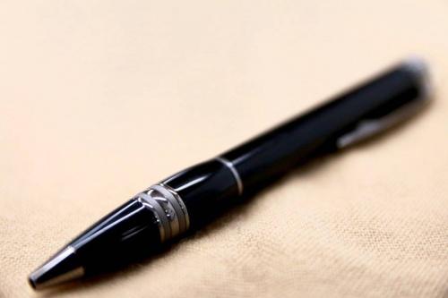 文具のボールペン