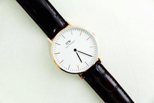 腕時計のレディースウォッチ