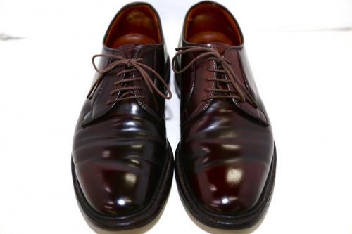 レザーシューズの米国製革靴