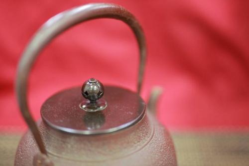 鋳物の和食器