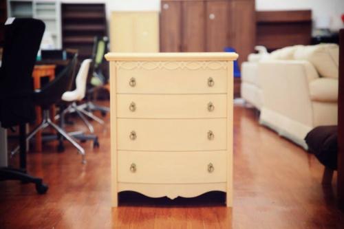 レアアイテムのデザイナー家具