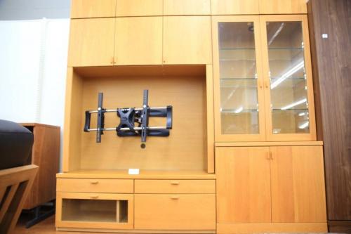 特選家具のAVボード