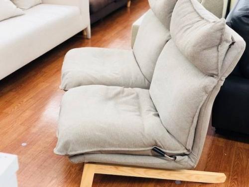 ソファのリクライニングソファ