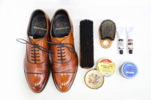 メンズファッションの冠婚葬祭 革靴