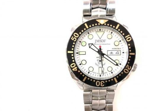 腕時計のダイバーズウオッチ
