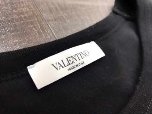 バレンティノ Tシャツ メンズの古着 買取 千葉