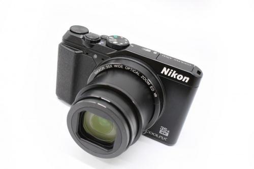 コンパクトデジタルカメラのコンデジ