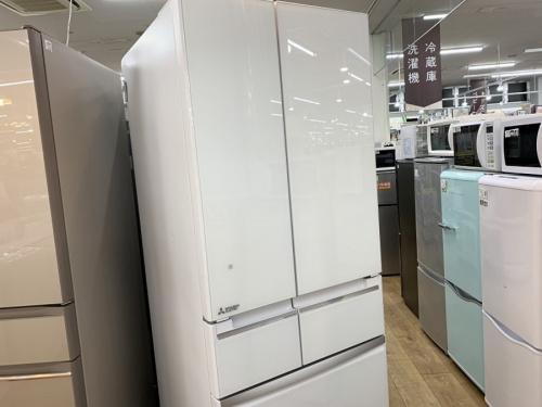 ミツビシの6ドア冷蔵庫