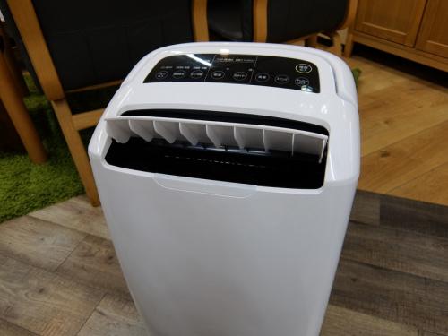空気清浄機能付除湿機のアイリスオーヤマ