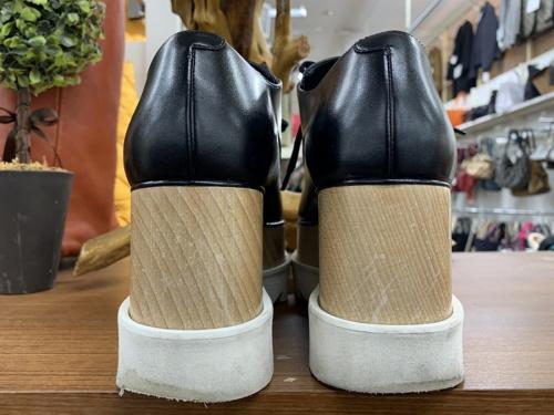 靴のシューズ