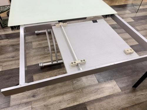 エクステンションテーブルのリフティングテーブル