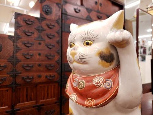 陶器の九谷八幡窯
