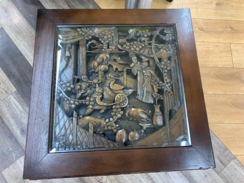 ガラス板ローテーブルの千葉 中古 木製彫刻