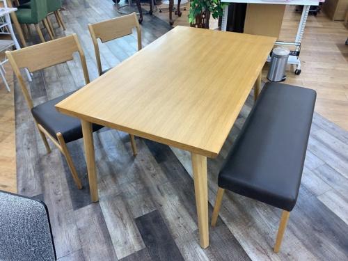 千葉 中古 家具のベンチダイニングテーブル