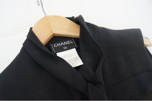 レディースファッションのバッグ CHANEL シャネル