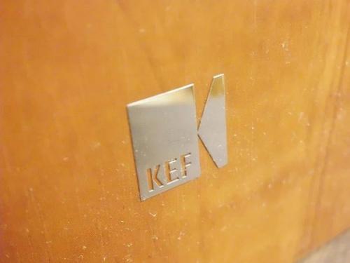 スピーカーのKEF
