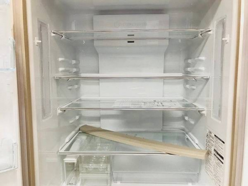 中古冷蔵庫の6ドア
