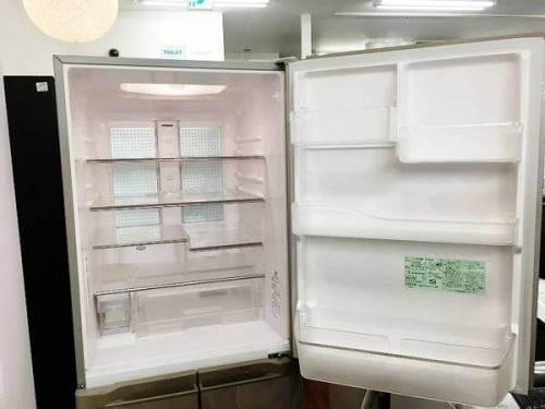 中古冷蔵庫の大型冷蔵庫