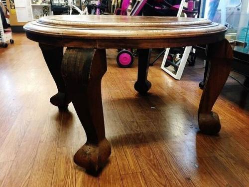 アジアン家具のローテーブル