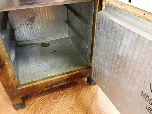 鎌倉 インテリアの冷蔵庫