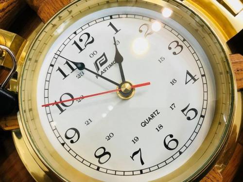 ヴィンテージ掛時計のインテリア