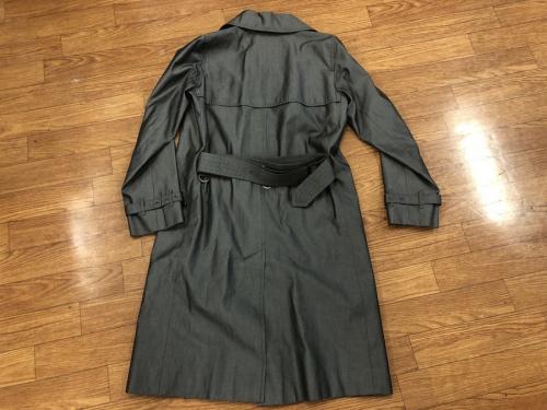 コートのトレンチコート