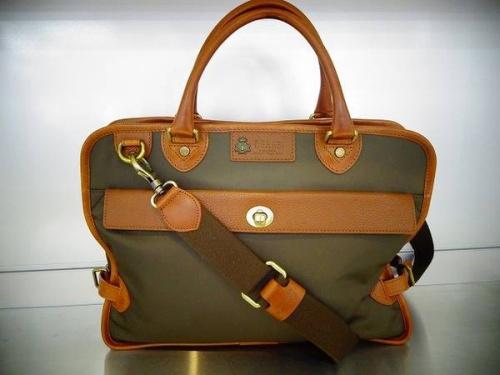 ビジネスのバッグ