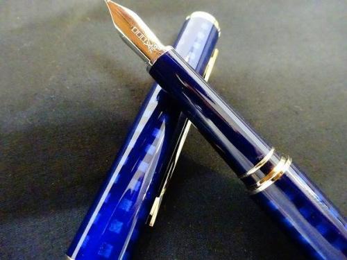 万年筆の関西