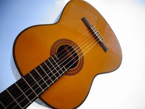 京都 ギター 販売の京都 楽器 買取