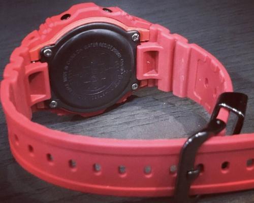 腕時計 中古 買取の35周年記念モデル