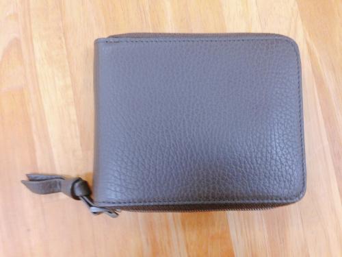 財布のコンパクトファスナー財布