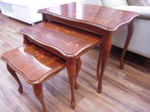ネストテーブルのイタリア製